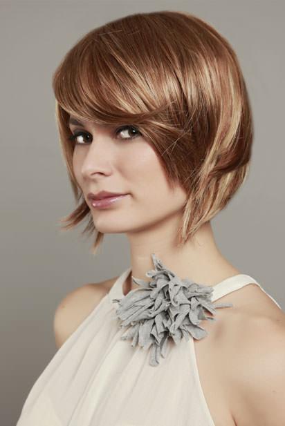 Photo perruque femme Supra cheveux courts