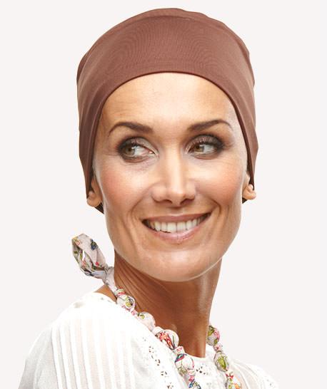 photo turban modèle plume marron