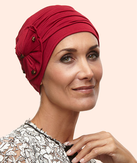 photo mannequin avec turban retro rouge